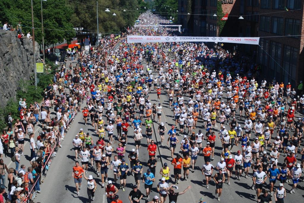 Stockholmmarathon_2009-start3